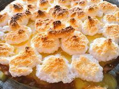 Nuestra tarta de limòn casera, un postre de nuestra carta de sugerencia. Deliciosa.