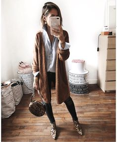 Cool 47 Elegant Fall Outfits Ideas For Women That Looks Cool Fall Outfits For Work, Cute Fall Outfits, Fall Fashion Outfits, Fall Winter Outfits, Look Fashion, Autumn Winter Fashion, Womens Fashion, Casual Outfits, Fall Work Clothes