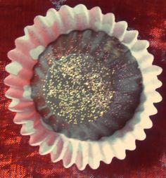 Bonti de chocolate negro com avelãs