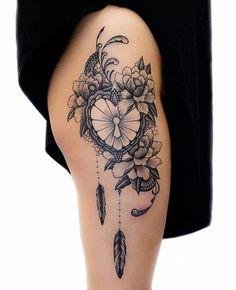 Tatouage femme fleur de lotus noir et gris sur dos tatouages tattoos pinterest tatouages - Tatouage bracelet noir signification ...