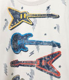 Image 3 de t-shirt guitares et éclairs de Zara