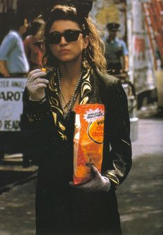 Madonna eating cheese doodles in NYC circa 1983 ♥