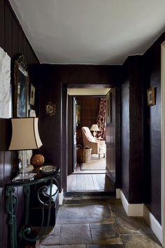 Dark Hallway Painted In Farrow & Ball Mahogany Modern Emulsion Farrow Ball, Farrow And Ball Paint, Hallway Paint, Dark Hallway, Hallway Walls, Wall Exterior, Interior And Exterior, Interior Design, Cosy Interior
