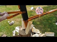 How to Build a Spring Assist Manual Log Splitter with a Car Suspension Spring and Some Scrap Steel to make your Firewood Splitting Task Easy! Metal Projects, Welding Projects, Manual Log Splitter, Refractory Brick, Splitting Wood, Woodworking Square, Gas Bbq, Wood Shed, Homemade Tools