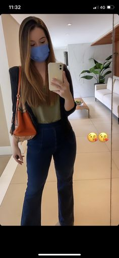 Bell Bottoms, Casual Looks, Bell Bottom Jeans, Girls, Pants, Clothes, Outfits, Fashion, Women's Vintage Looks