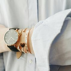 Golden bangles and the perfect rose gold timepiece #cluse #watch #minimal #style #fashion