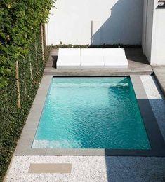 Small Swimming Pools, Small Pools, Swimming Pools Backyard, Swimming Pool Designs, Small Pool Ideas, Mini Piscina, Piscina Spa, Small Backyard Design, Small Backyard Patio