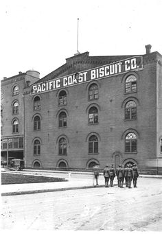 A2000-003.58 Survey #37 - Pacific Coast Biscuit Company 1917