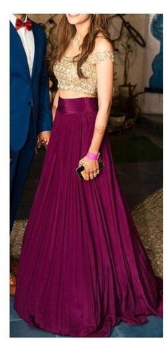 Gown Party Wear, Party Wear Indian Dresses, Designer Party Wear Dresses, Indian Fashion Dresses, Indian Gowns Dresses, Dress Indian Style, Indian Designer Outfits, Skirt Fashion, Gowns For Party
