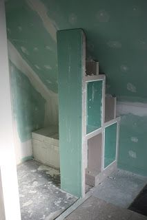 Combles avec salle de bains maison pinterest maman for Salle de bain sous rampant