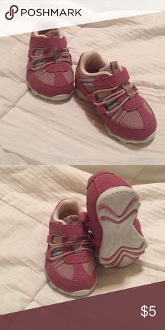 Perfectly cute & stylish EUC and have only been worn a few times Teeny toes Shoes Sneakers