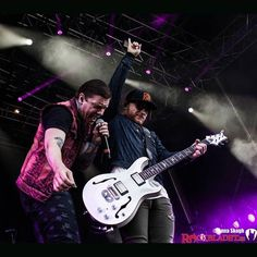 #Repost @annaivilshult @TheBrentSmith and @ZmyersOfficial at Copenhell 2016 #rockbladet #rbfesttour #rblivetour #copenhell #copenhell2016 #shinedown #Brentsmith #Zachmyers - facebook.com/ShinedownsNation