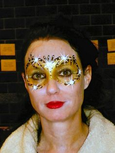 Face Painting Gold Swirl Sparkle Mask by STAKE5467, via Flickr