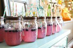 love mason jars for parties!