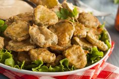 Easy Fried Pickles, Fried Pickles Recipe, Best Appetizers, Side Dishes Easy, Copycat Recipes, Fries, Easy Meals, Stuffed Peppers, Texas Roadhouse