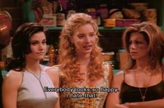 Monica Geller, Phoebe Buffay and Rachel Green Friends Tv Show, Tv: Friends, Serie Friends, Friends Moments, Friends Forever, Friends Phoebe, Rachel Friends, Friends Cast, Friends Episodes