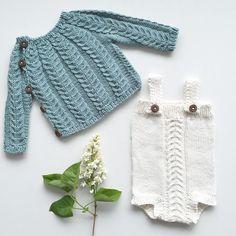 {H E N T E S E T T}  endelig fredag, hentesettet er ferdig og et nytt prosjekt er på pinnene! God helg til dere alle!  #hentesett #strikking #lillestrikk #strikkedilla #knitpics #knitinspo123 #knittersoftheworld #knitting_inspiration #knittersofinstagram