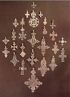 My dad bought my first Ethiopian cross from nomadic Somali herdsmen. Now it's a personal weakness! Cross Jewelry, Tribal Jewelry, Ancient Jewelry, Antique Jewelry, Ethiopian Jewelry, Ethiopian Beauty, Ethiopian Dress, Thinking Day, 3d Prints