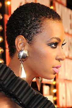 Short African American Hairstyles for Natural Hair. See all Short African American Hairstyles 2013 from Cute Easy Hairstyles - Best Haircut Style and Color Ideas. Black Curly Hair, Short Curly Hair, Short Hair Cuts, Curly Hair Styles, Short Dreads, Thick Hair, Curly Bob, Latest Short Haircuts, Black Women Short Hairstyles