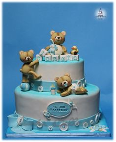 CHRISTENING'S CAKE WITH TEDDY BEAR