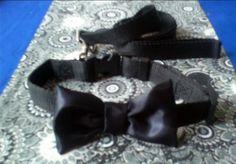 Y puesto que algunos prefieren los corbatines a las corbatas...  Para ustedes traemos estos hermosos modelos de corbatines para perro al estilo de los años 50, para que luzcan con mucha distinción y clase   Precio: $10.000 pesos  Informes: 3144309086 - 3013667 / www.facebook.com/migatoylaluna