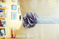 tutorial: how to make a satin rosette belt.  Making one of these for myself as soon of all the Christmas presents are finished!
