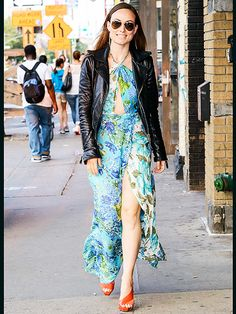 Star Tracks: Wednesday, June 10, 2015 | FLOWER POWER | Olivia Wilde steps out in a bold floral dress while running around in N.Y.C. on Tuesday ahead of The Wolfpack premiere.