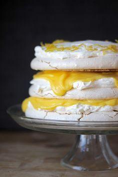 Lemon Curd & Mascarpone Vanilla Bean Pavlova #recipe #dessert #mascarpone