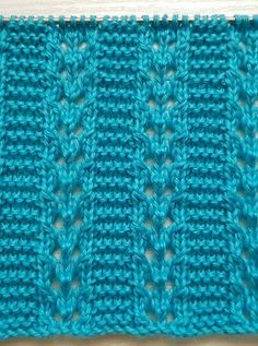 Lace Knitting Stitches, Crochet Stitches Patterns, Lace Patterns, Knitting Patterns Free, Free Knitting, Baby Knitting, Stitch Patterns, Cross Stitch Art, Knitted Slippers