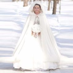Bridal-Winter-Long-Wedding-Cloak-Cape-Trim-Warm-Ivory-Faux-Fur-Cape-Hooded