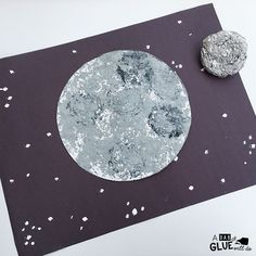 I have a space-obsessed kid in my house, so we love to do space crafts around here, and my son was very excited to do this moon craft! We made it extra fun and experimented with a different way to pai