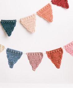MOOI-MAKERS homemade happiness slinger gehaakt driehoek pastel