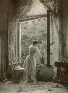 Leonard Misonne, Madame Misonne, ca. 1910.