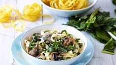 Pasta With Creamy Spinach And Mushroom Sauce Romantic Meals, Romantic Recipes, Creamy Spinach, Spinach Stuffed Mushrooms, Mushroom Sauce, Cooking Classes, Vegetarian Recipes, Pasta, Dishes