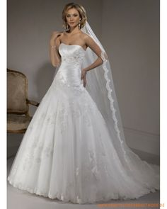 2013 maßgeschneidertes Brautkleid aus Organsin schulterfreier Ausschnitt mit gerafftem Korsett und A-Linie Rock