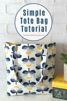 Small Sewing Projects, Sewing Projects For Beginners, Sewing Tutorials, Sewing Crafts, Tote Bag Tutorials, Easy Sewing Patterns, Bag Patterns To Sew, Easy Tote Bag Pattern Free, Wallet Pattern