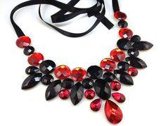 bib necklace red and black rhinestone... so beautiful i want one :)