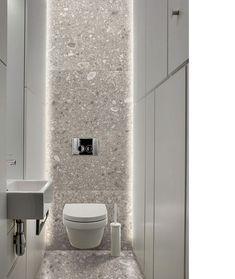 Small toilet room - 31 beautiful half bathroom ideas for your home 12 Bad Inspiration, Bathroom Inspiration, Bathroom Ideas, Bathroom Renovations, Modern Bathroom Design, Bathroom Interior Design, Gray Interior, Bathroom Designs, Ideas Baños