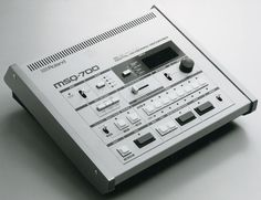 ROLAND MSQ 8 TRACK MIDI SEQUENCER  MY OLE BABY BEFORE COMPUTERS