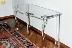 MODELLO 800 4 GAMBE MODIFICATO #consolle #trasparente #acrylic #consolle #plexiglass #desk #home #office #madeinitaly http://www.eldoradosas.it/design/consolle/consolle-plexiglass.html