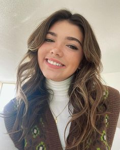 Alisha Newton (@alijnewton) • Instagram photos and videos Alisha Newton, Long Hair Styles, Photo And Video, Beauty, Instagram, Fashion, Moda, Fashion Styles, Long Hairstyle