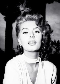 ✯ Sophia Loren ✯