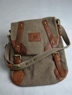 39b1f1d94 Tweed and leather bag. Which I want.