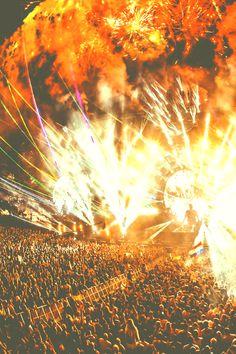 HARDWELL @ Ultra Music Festival 2014