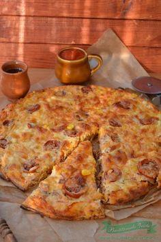 Pizza fara blat cu piept de pui si sunca Skinny Recipes, My Recipes, Cooking Recipes, Healthy Recipes, Skinny Meals, Pizza, Romanian Food, Romanian Recipes, Dessert Drinks