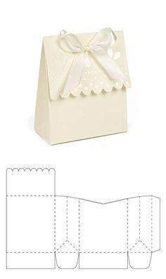 Mar 2020 - Bolsita para recuerdo de bodaPlantilla de cajita para dulces y mentasSimple rectangular origami box - Red Ted ArtSimple rectangular origami box. We love simple paper crafts. This origami box is ideal for beginners. Paper Gift Box, Diy Gift Box, Paper Gifts, Diy Gifts, Best Gifts, Diy Paper Box, Paper Boxes, A4 Paper, Best Gift Baskets