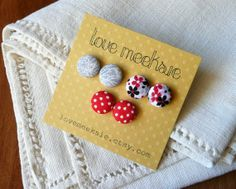 Packaging for fabric button earring