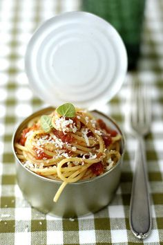 spaghetti in a can....how fun....so so going to do this...