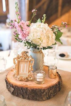 Rustic centerpiece #weddingcenterpieces #centerpieces #rusticwedding