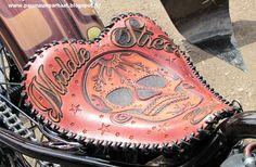 Skull saddle